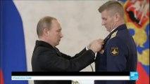 """Russie : Vladimir Poutine accueille les troupes de Syrie en héros, """"prêts à être redéployés rapidement"""""""