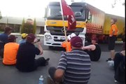 Schweppes Picket Line - Truck attempts to enter Asahi Facilty and is pushed back by workers