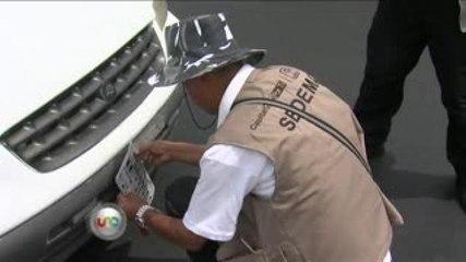 Retiran placas a infractores de Hoy No Circula