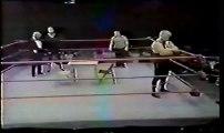 Arm Wrestling Challenge Larry  Hennig vs Super Destroyer II (Sgt. Slaughter)