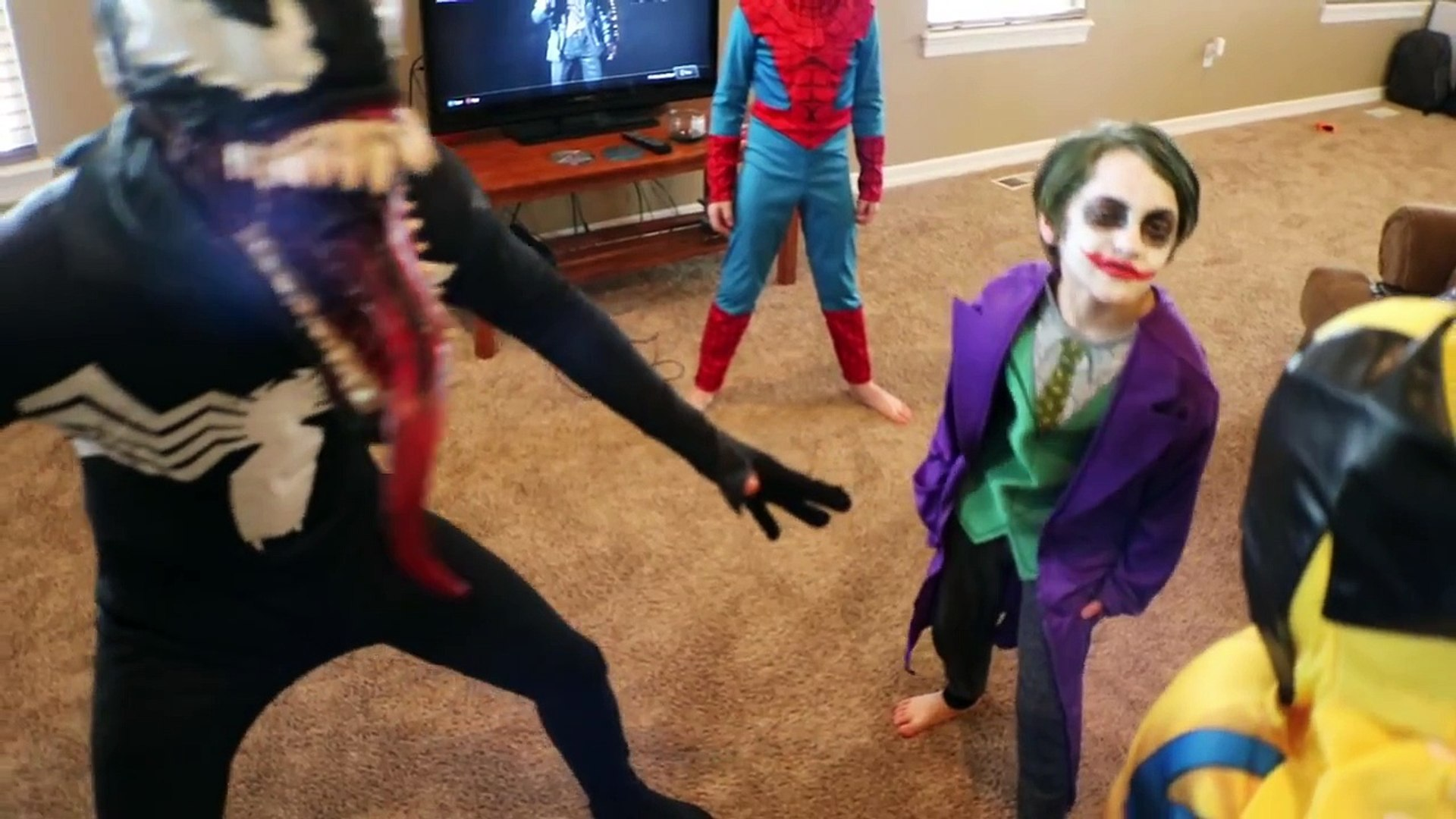 The Joker Venom Vs Spiderman Wolverine In Real Life Minecraft Sword Battle Superhero Movie видео Dailymotion