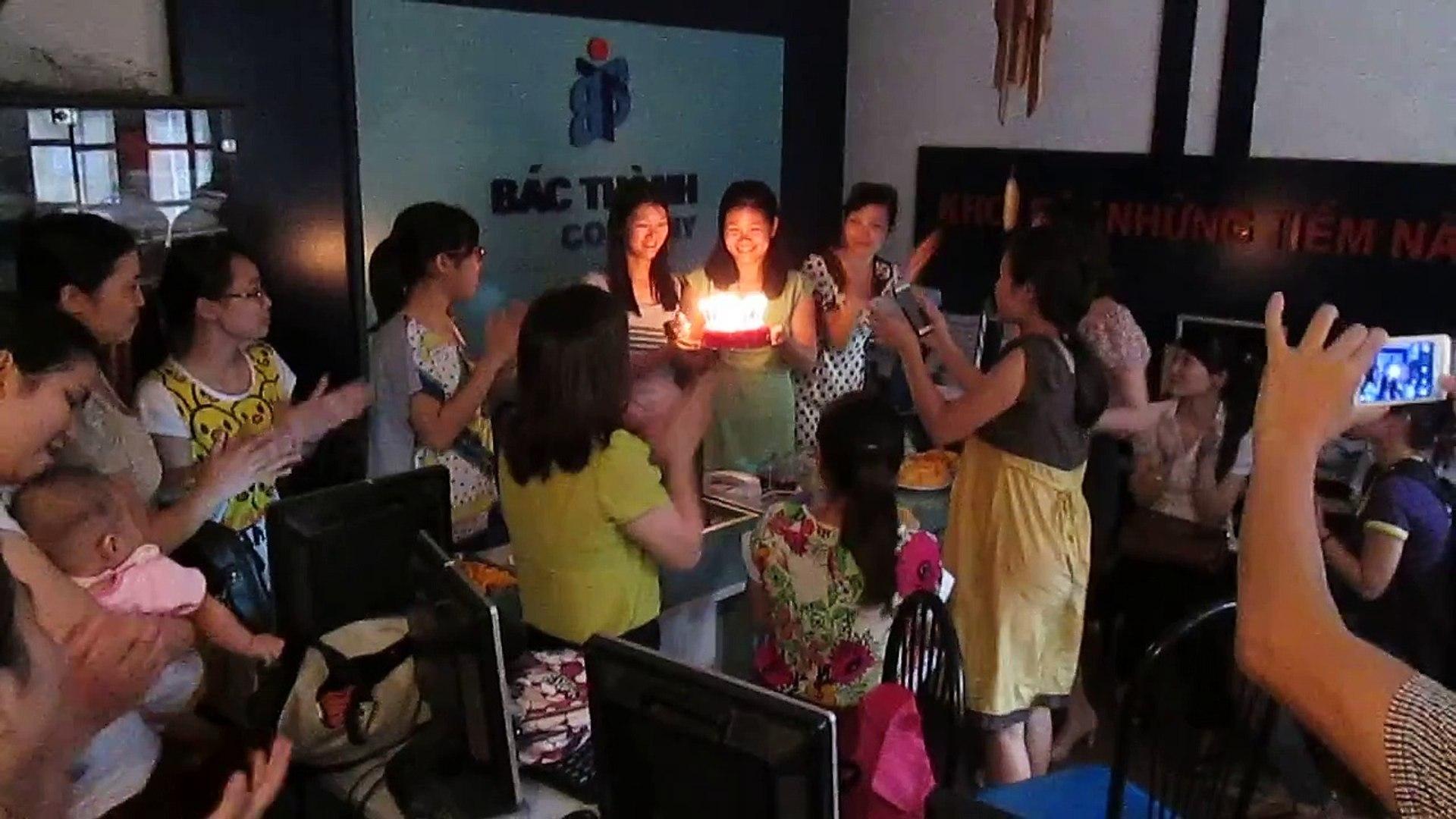 Chúc mừng sinh nhật GV Lương Kiều Dinh & Nguyễn Thu Hoài, 5-10-2013.
