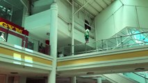 BREAKING NEWS: A man tries to commit suicide at the Ayala Mall in Cebu!