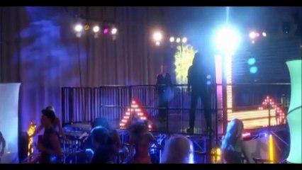 Richard Dean Anderson  - sa dernière apparition dans Don't Trust the Bitch