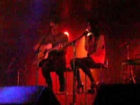 Steven childs & Jessica Origliasso- Red 4 you