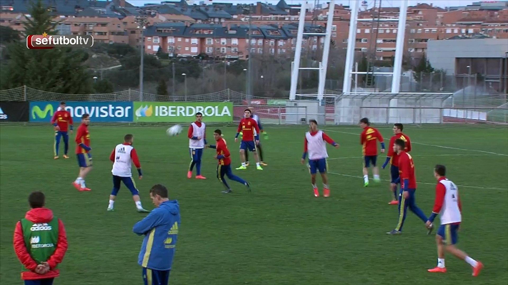 Gerard Deulofeu Scores Brilliant Solo Goal In Spain Under-21 Training
