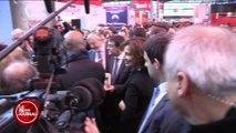 L'incroyable réponse de Valls à une opposante à la loi travail
