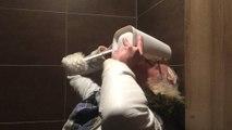 Challenge Crade : Boire l'eau des toilettes d'une brosse à chiotte