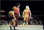 RIC FLAIR VS. RICKY THE DRAGON STEAMBOAT (WITH ANDRE THE GIANT AS REFEREE) - WWF WWE Wrestling - Sports MMA Mixed Martial Arts Entertainment