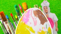 Easter Egg Coloring - Easter Bunny Paints GIANT Easter Egg - DIY eggs coloring