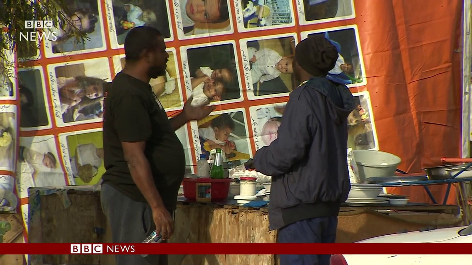 Israel sending away African migrants - BBC News