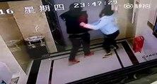 Un homme ivre chute dans un ascenseur après avoir défoncé la porte
