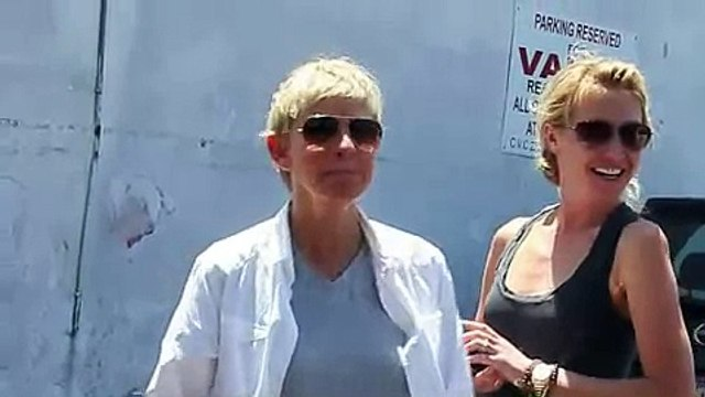Xclusive - Ellen DeGeneres And Portia de Rossi Asked About Portia Taking Ellen s  2010