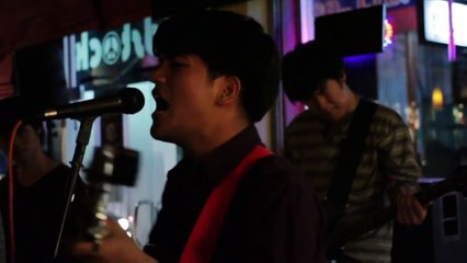 Partyshake - ละออง Live at Woodstock