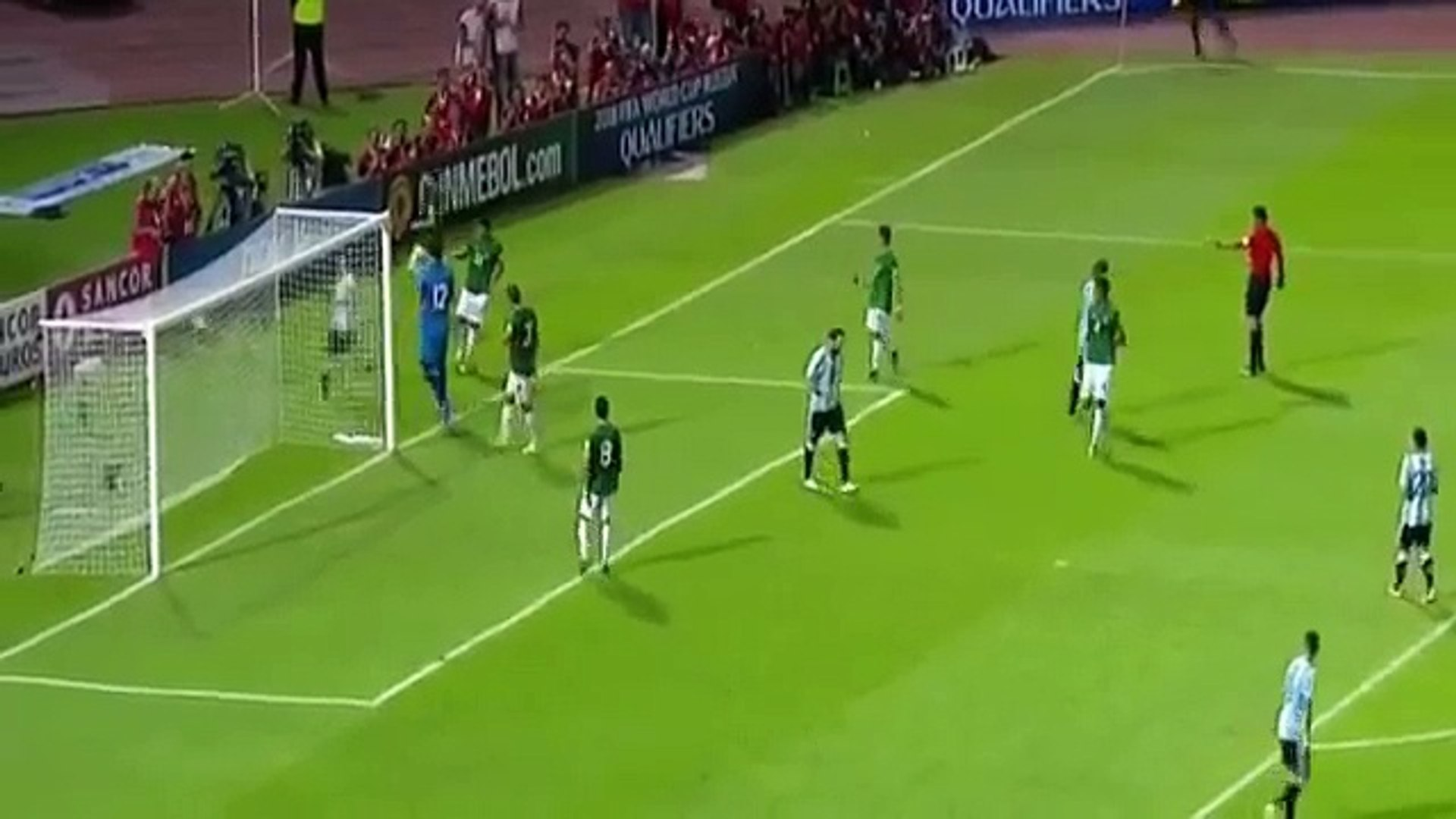 Lionel Messi with 2 Incredible runs during Argentina vs Bolivia 2016