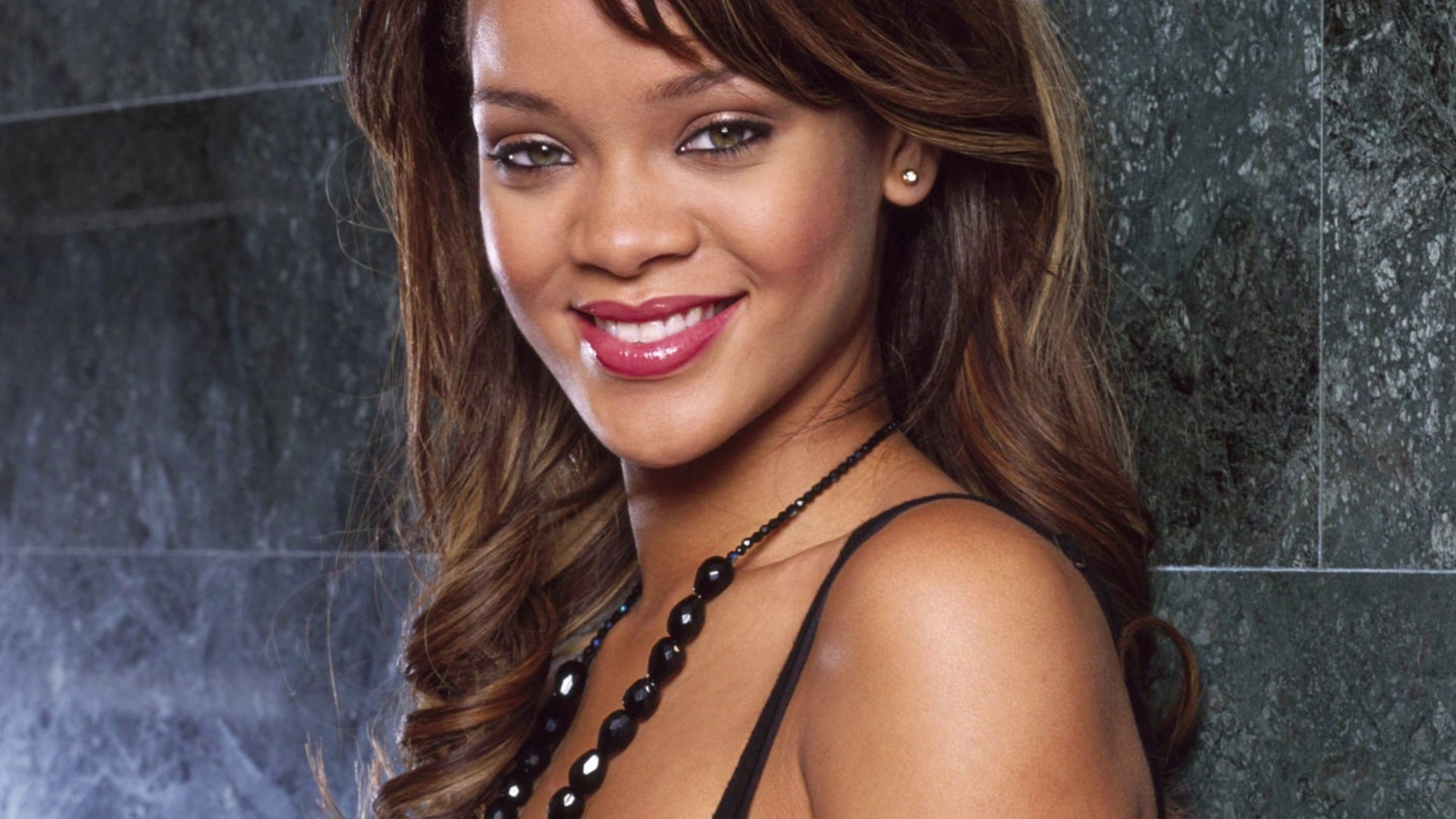 Rihanna to Be Next Voice Coach