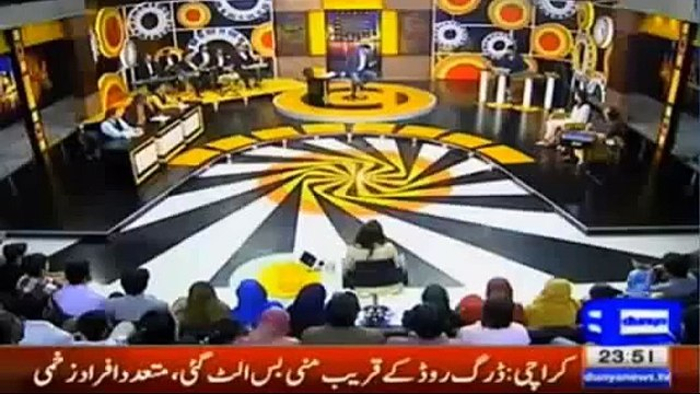If Najam Sethi's Daughter Is In A Lift With Imran Khan, What Would She Do, Watch Her Funny Reply