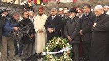 Musulmans et juifs rendent un hommage aux victimes à la Bourse