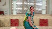 Devoleena Bhattacharjee-gopi hot navel show in saree [1080p]