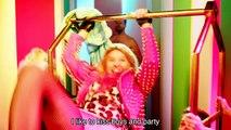 Madonna ft. Nicki Minaj - Bitch Im Madonna PARODY