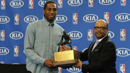 Spurs' Kawhi Leonard Named Defensive Player of the Year for 2nd Straight Year