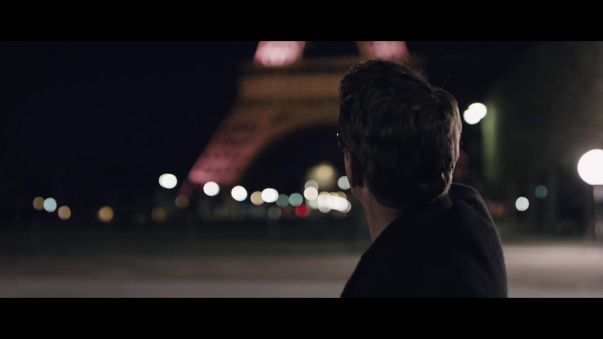 Iron Man prend la Tour Eiffel d'assault de nuit à Paris ! Captain America 3