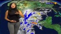 Tenue moulante d'une Miss Météo à la TV mexicaine