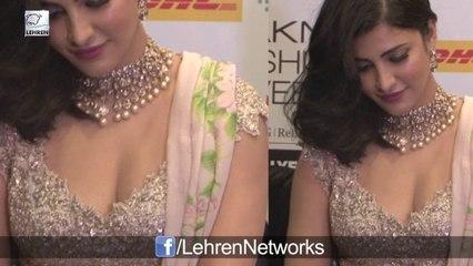 Shruti Haasan's CLEAVAGE Show At Lakme Fashion Week DAY 4