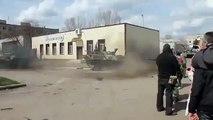 Ukraina.Slavyansk. 2014 Terrorists hijacked an armored personnel carrier. arranged drift.