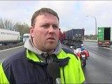 La mise en place de portiques écotaxe suscite la colère des routiers en Belgique du 05-04-2016 - vidéo Dailymotion