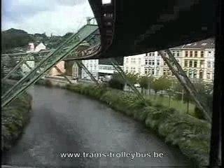 "Le ""Schwebebahn"" de Wuppertal"