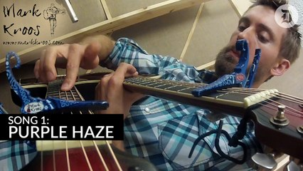 This guy can play two songs at the same time