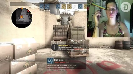 Streamer hacks Counterstrike controls to shoot with lipstick