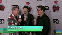 "Elvis Duran conversa com Bono e The Edge (U2) sobre o prêmio ""Innovator of the Year"""