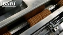 without tray biscuit packaging machine,automatic biscuits packing machine without tray