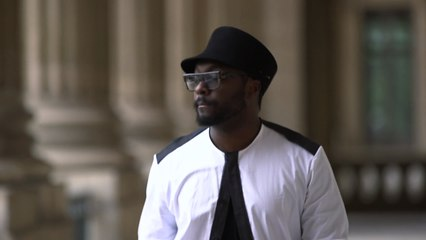will.i.am au Louvre (VF) [TEASER]