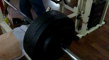 Chest workout. Bench press lifting 90 kg