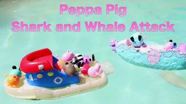 Peppa Pig SHARK ATTACK!!! Peppa Pig Family Boat Vacation Killer Whale and Sharks Pool DisneyCarToys