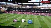 Football. Ligue 1. Guingamp - PSG. L''entrée des joueurs sur le terrain