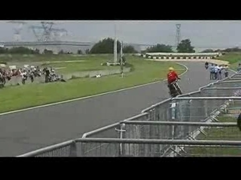 STUNT BIKE SHOW 2007  Zoltan champion du monde 2007