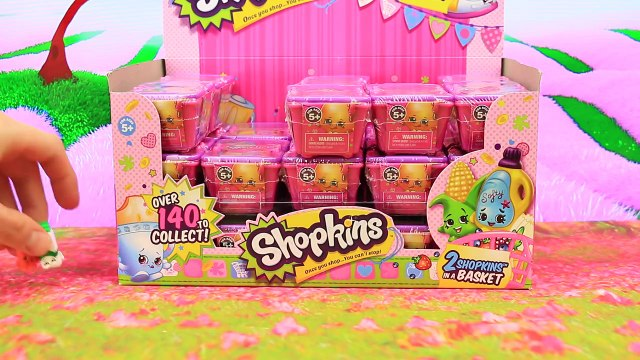 Shopkins 10 Surprise Baskets Unboxing Blind Bags with Ultra Rare Shopkins and Gemma Stone