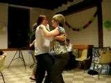 Danse à la fête à Alison