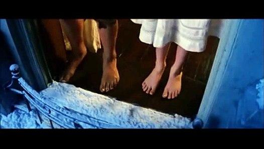 Peter Pan 2003 - I Do Believe in Fairies Scene - HD - YouTube