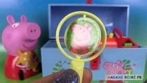 Peppa Pig Surprises Boîte à outils Kinetic Sand Toolbox Chupa Chups Sable Magique et Œufs Surprise