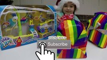 BIG CHRISTMAS SURPRISE PRESENTS TOY SURPRISES Shopkins Wild Pets Little Live Pets Qixels Top Toys