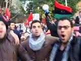 تظاهرات لیبیایی ها در برابر سفارت لیبی در رم