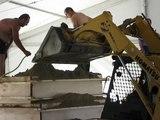 Baia Domizia festival delle sculture di sabbia 2008 - si compatta la sabbia