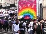 Gay pride paris 2007 Sncf JINGLE Char gare