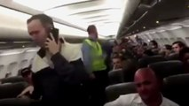 Jackass On JetBlue Flight Gets Kicked Off For Being Mouthy