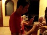 saul bailando reggaeton
